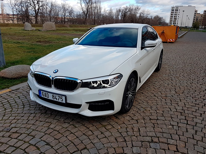 pronajmout auto bmw 530 xd v praze carlove rent a car in prague. Black Bedroom Furniture Sets. Home Design Ideas