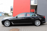 Car rental BMW 730 in Prague