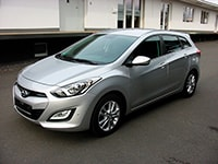 Car rental Hyundai i30 Combi in Prague