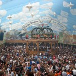 phoca_thumb_l_hacker_pschorr_tent_at_the_oktoberfest-29