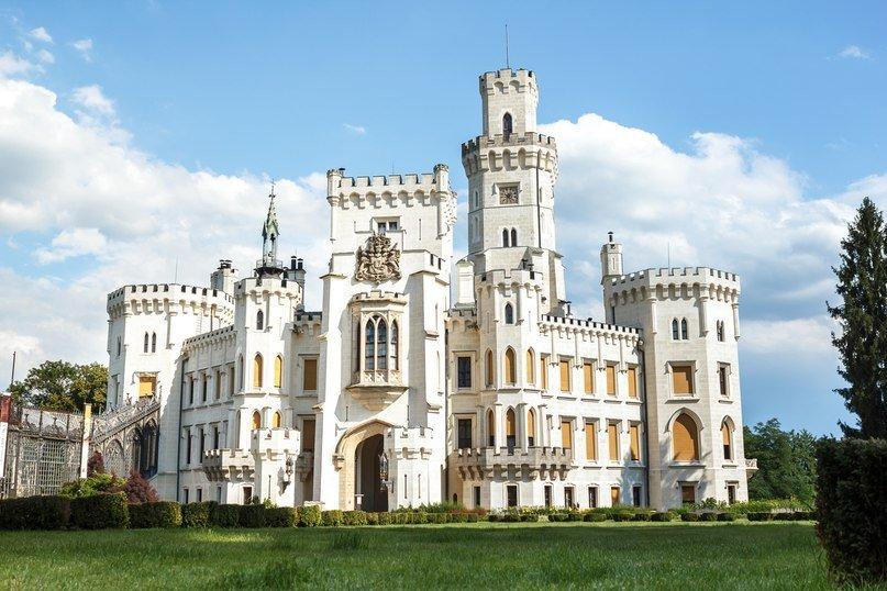 замок Глубока из Праги